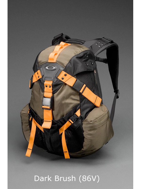 fe3f9a14959f8 AllSnowmobileGear.com - Oakley - Icon Backpack 3.0