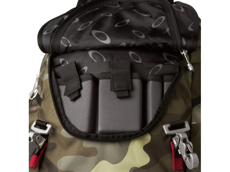 AllSnowmobileGear.com - Oakley - Kitchen Sink Backpack