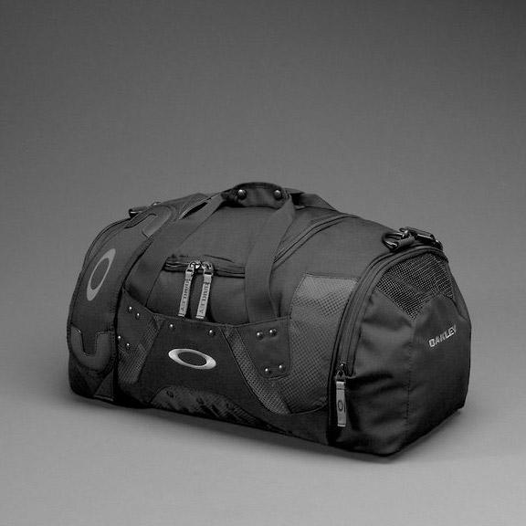 dc4fe8592425 Oakley Duffel Bag Dimensions « Heritage Malta