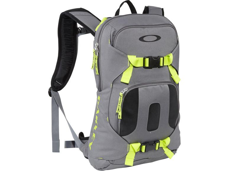 5a789fc777 Oakley Snowboard Backpack